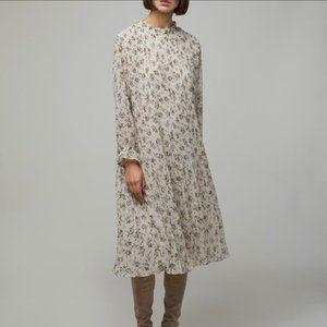 OAK + FORT Floral Pleated Midi Dress